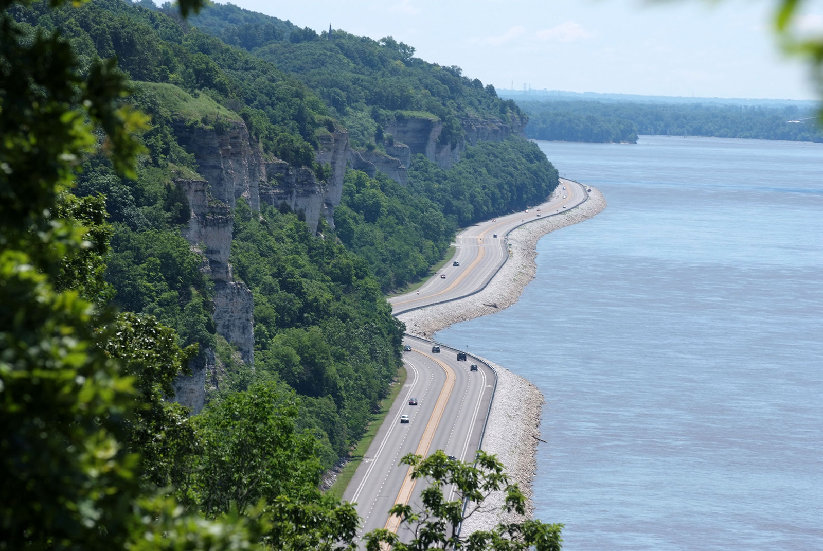 Order a FREE Great River Road 10-state map - Experience Mississippi River
